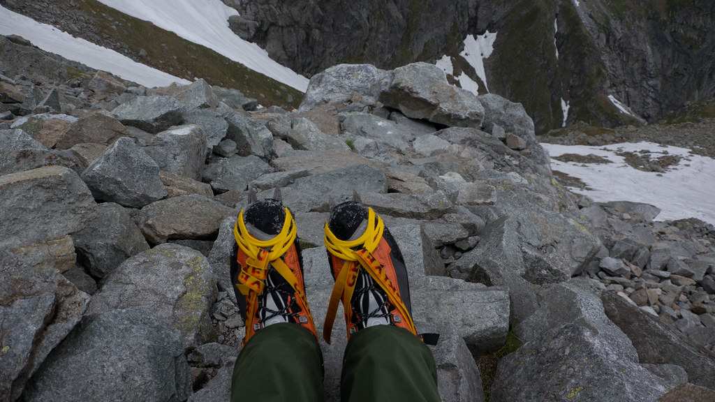 Scarpa Rebel Ultra GTX & Grivel Air-Tech crampons