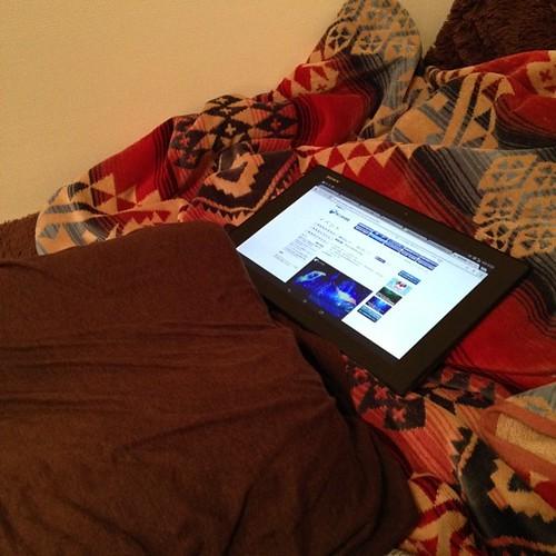 Xperia Z2 Tablet、ちょっとした調べものをしたいときに便利。枕元においておけばすぐ使える。 #Xperiaアンバサダー