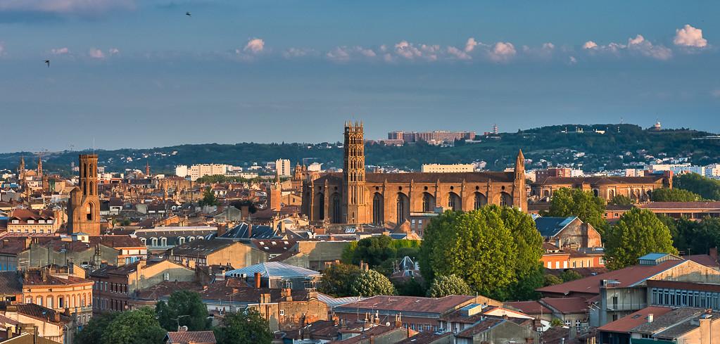 Toulouse - La tour des Cordeliers et les Jacobins