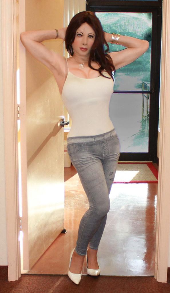 trannies-in-tight-jeans-hymen-xxx