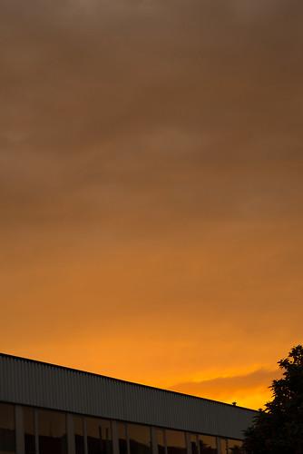 city light sunset brussels sky orange cloud sun building colors vertical clouds sunrise project skyscape lens landscape prime lights landscapes nikon europe belgium belgique capital skylight 85mm fast bruxelles sharp full 365 nikkor rise 85 catchy lightroom frane d610 primelens 85mm18g