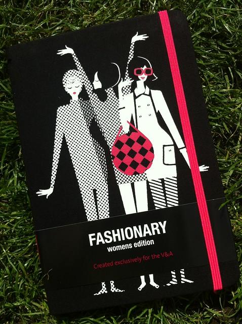 V&A Fashionary