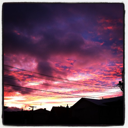 pink blue red orange cloud sunrise grey dawn wellington thorndon