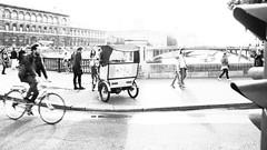 Trafic ~ Paris ~ MjYj