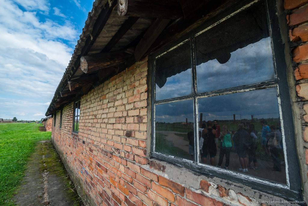 Auschwitz II–Birkenau-13.jpg