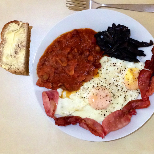 Fry-Up. Although the only fried food were the eggs. Bacon. Homemade baked beans in a rich tomato sauce. Mushrooms. Bread with lots of butter. Delicious!