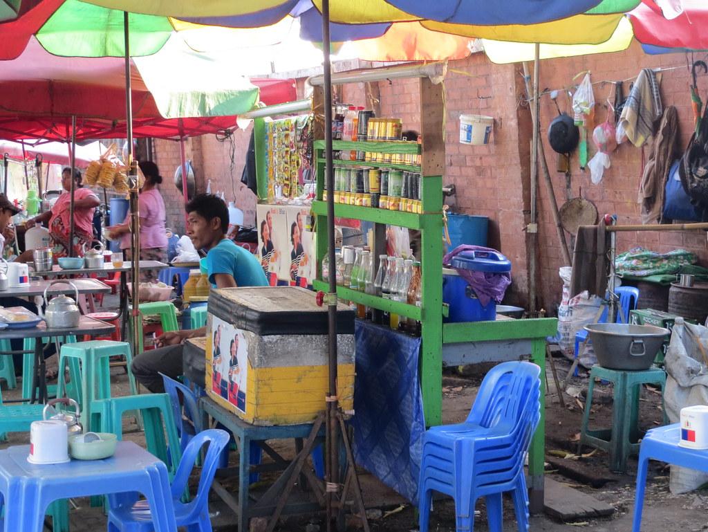 Bangkok ja Yangon 374