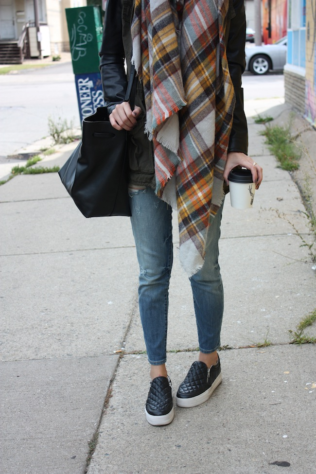 chelsea+lane+zipped+truelane+blog+minneapolis+fashion+style+blogger+aritzia+zara+scarf+kut+from+kloth+ash+footwear5