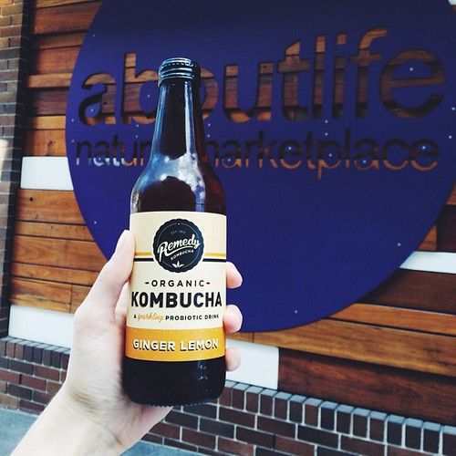 Best part about client in Double Bay is a quick stop into @aboutlifenm and a mid-afternoon @remedykombucha! It's lovely, I need to find some on the north side!   (Also, said kombucha in a glass makes for perfect last minute photo prop ) #foodfinds #laterg