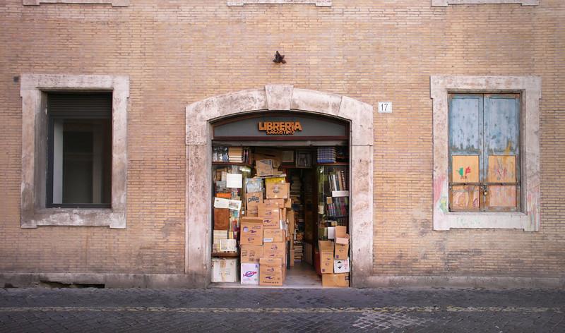 Libreria Piazza Sant'Agostino