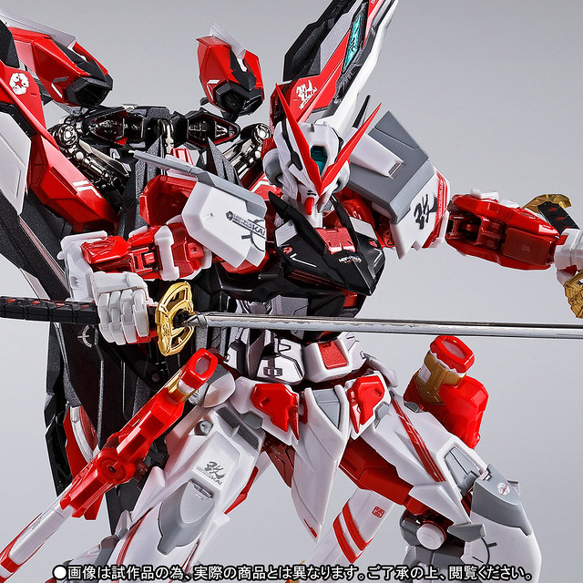 METAL BUILD 《機動戰士鋼彈SEED ASTRAY》異端鋼彈紅色機改  ガンダムアストレイ レッドフレーム改