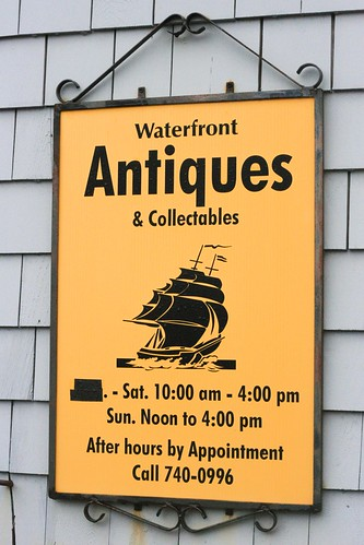 Waterfront Antiques & Collectibles