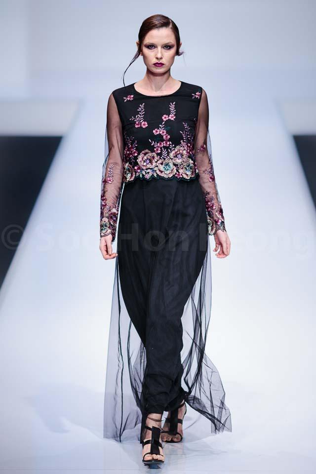 Zalia Collection - Kuala Lumpur Fashion Week 2014 (KLFW2014)