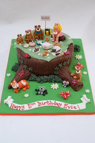 Goldilocks And The Three Bears Cake Beautiful Birthday Cakes