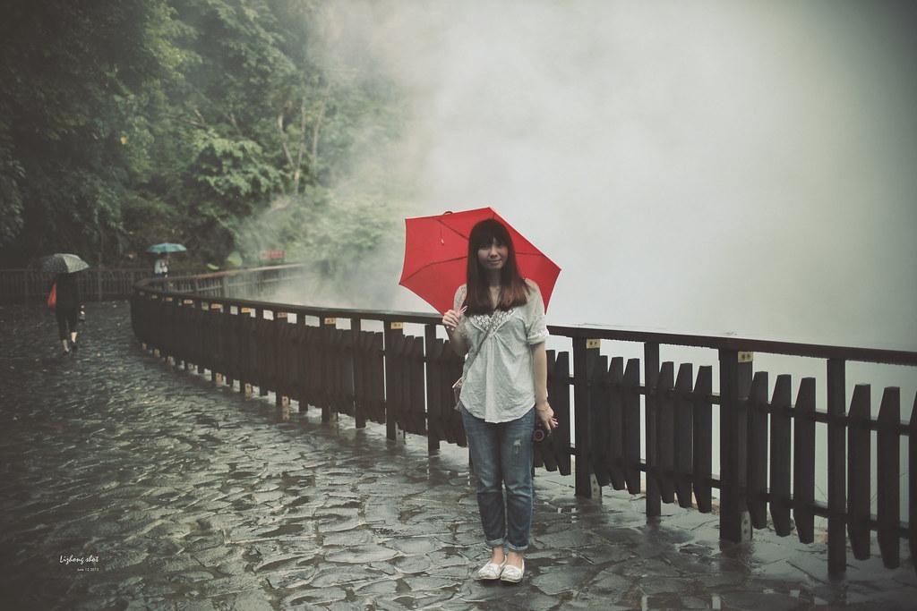 白霧霧的北投地熱谷