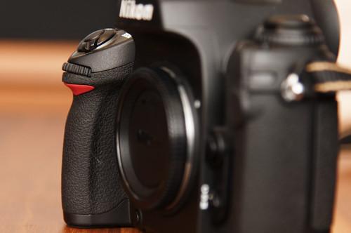 Nikon F6 Grip