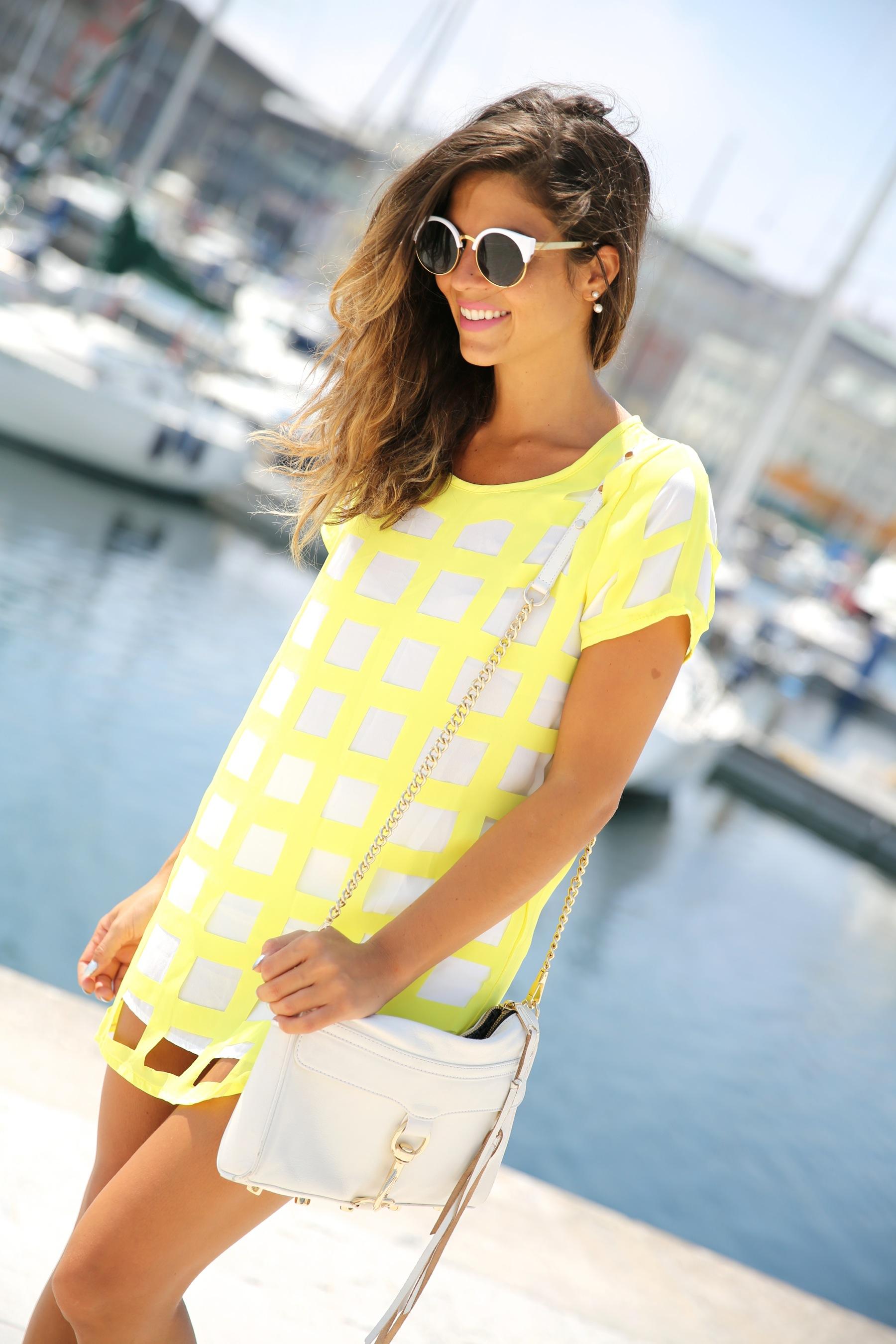 trendy_taste-look-outfit-street_style-ootd-blog-blogger-moda_españa-fashion_spain-coruña-galicia-sandalias_plataforma-platform_sandals-rebecca_minkoff-yellow-amarillo-vestido-dress-plaid-cuadros-4