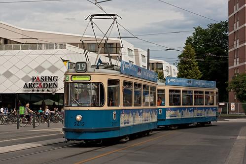 Der westlichste Punkt auf der Dankeschönfahrt war der Pasinger Bahnhof, um dessen Schleife der Wagen eine Ehrenrunde drehte.