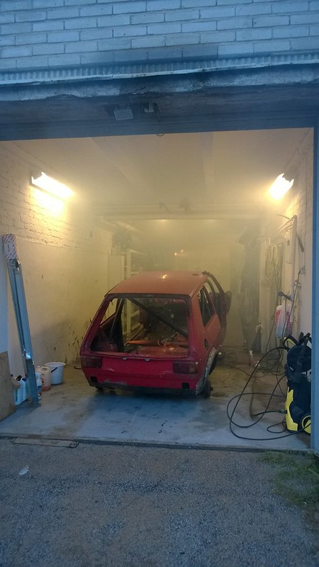 LimboMUrmeli: Maailmanlopun Vehkeet VW, Nissan.. - Sivu 7 14950495207_b6ea2222c2_c