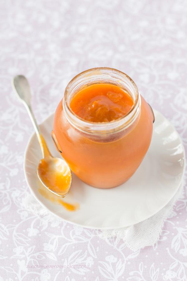 Confettura di albicocche e vaniglia