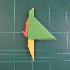 วิธีพับกระดาษเป็นรูปนกแก้ว (Origami Parrot) 026