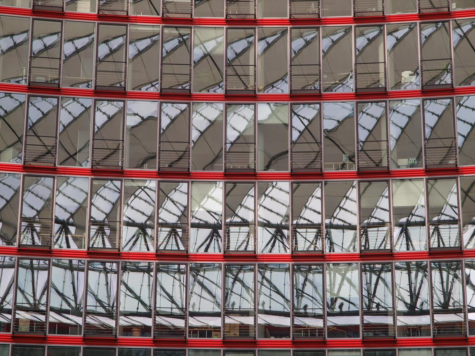 Architecture à Berlin - Le Sony Center d'Helmut Jahn, Potsdamer Platz