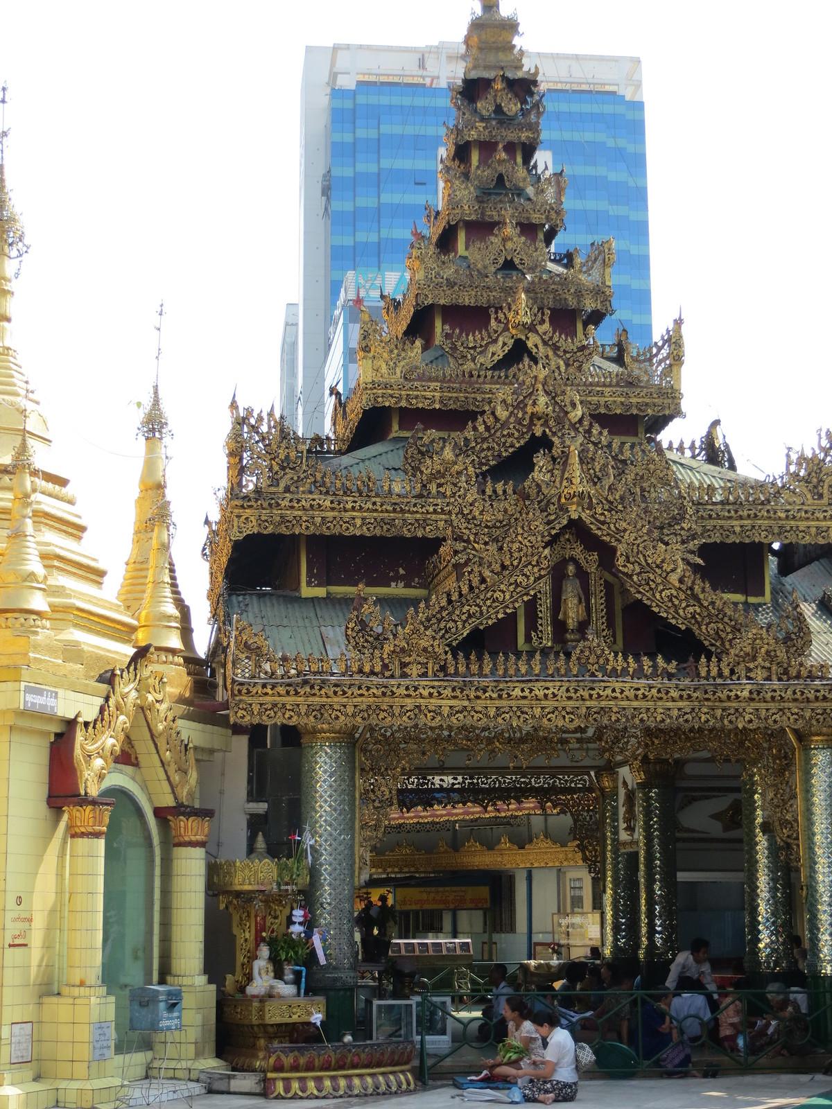 Bangkok ja Yangon 340