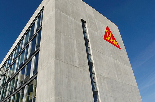 As part of its ColorFlo range, Sika offers more than 60 different concrete pigments