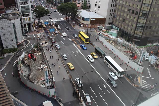 土浦亀城作の三原橋センター解体中 (15)