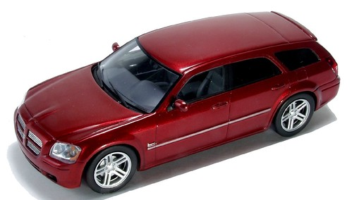 45 Spark Dodge Magnum R-T 2005