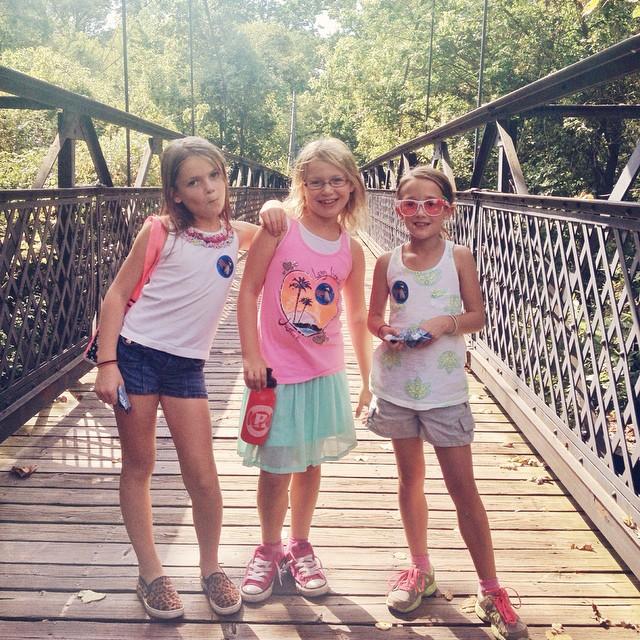 No schooooolllll!!!! So we went to the zoooooo!!!! #kczoo #buddies #bridge #microfashion #lovethem