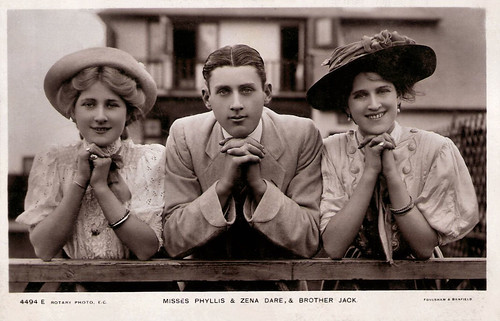 Phyllis, Jack and Zena Dare