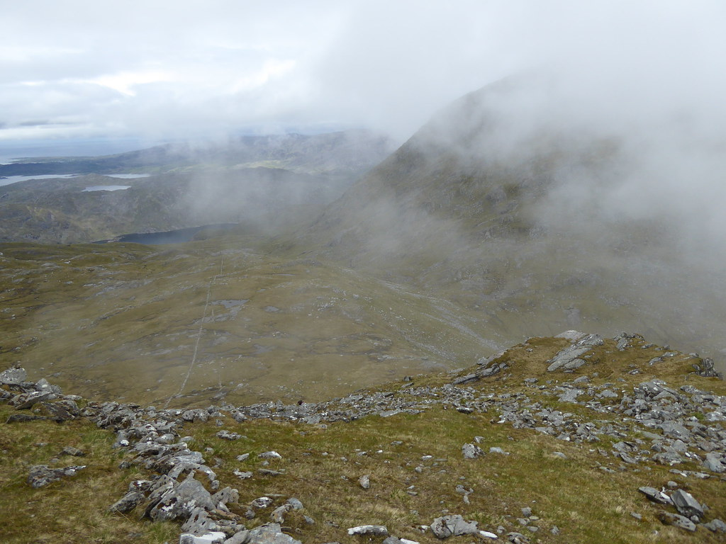 Wall between An Stac and Rois-Bheinn