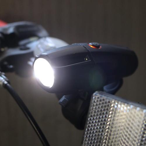 自転車に装着!確かに明るい。