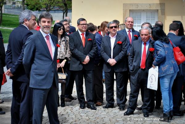 8 - 25 апреля - день революции в Каштелу Бранку - Португалия