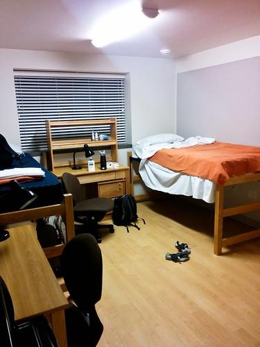 CU Boulder Freshman Dormroom
