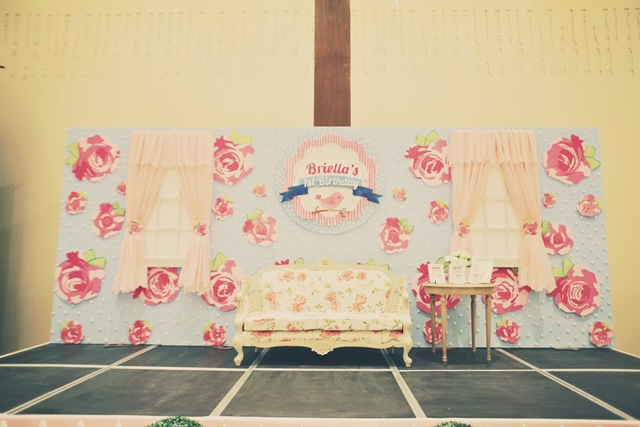 stage (4)