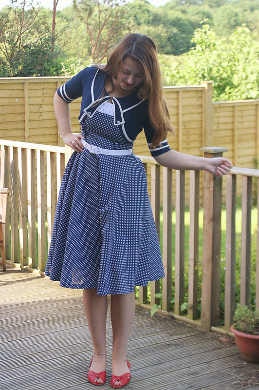 full skirt vintage dress