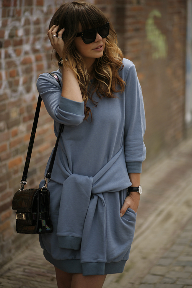 FOUR SLEEVES SWEATER DRESS