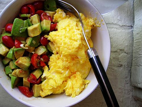 scrambled eggs with avocado tomato salsa