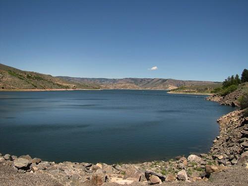 lake mountains rural colorado us50 bluemesareservoir curecantinationalrecreationarea
