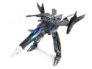 DX_Chogokin_YF-29_Ozma_59