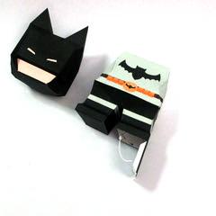 วิธีทำโมเดลกระดาษแบทแมน (Batman Papercraft Model) 017