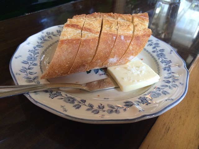 Baguette and salted butter - Le Pigeon