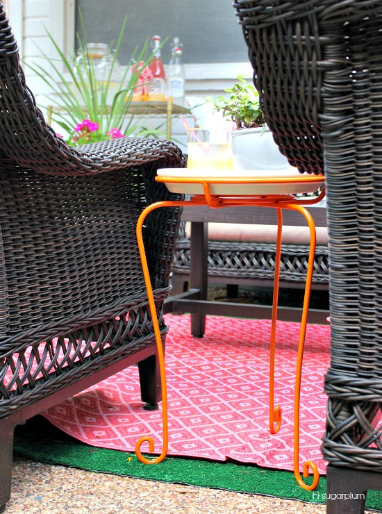 Hi Sugarplum | DIY Patio Side Table