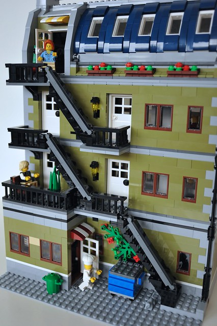 Lego 10243 Parisian Restaurant Mod Sjaak Lego Flickr