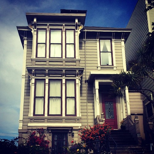 I'm in love with every single house in #sanfrancisco. #kategoestocalifornia