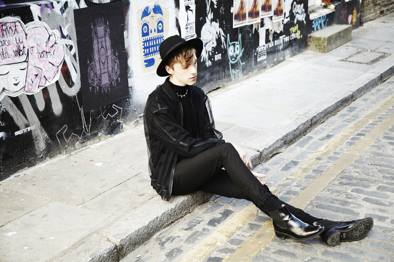 mikkoputtonen_outfit_london_fashion_blogger_nhuduong_acolyth_calvinklein_allblack_tigerofsweden_3_Web