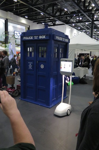 TARDIS and Robot