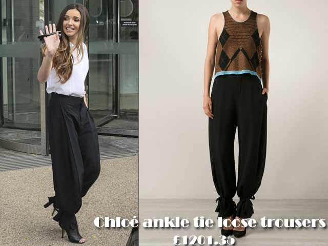 Chloé-ankle-tie-loose-trousers,post pregnancy body, Chloé ankle tie loose trousers, Chloé ankle tie trousers, Chloé loose trousers, black trousers, black loose trousers, ankle tie trousers, ankle tie loose trousers, ankle tie loose pants, loose pants, Chloé ankle tie loose pants, pants, trousers, how to style loose pants, how to style loose trousers
